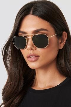 Óculos Ray Ban Marshal Dourado Preto