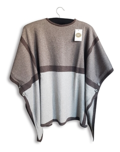 Poncho Franjas Botones Bremer Pura Lana Dama Switch Sweaters - Switch Sweaters
