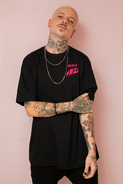 Camiseta Preta See You In Hell - Pink Neon na internet
