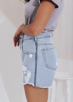 Short Jeans Mom Correntinha Lateral - loja online