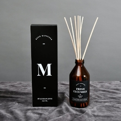REED DIFFUSER MOONLIGHT: FRESH CUCUMBER