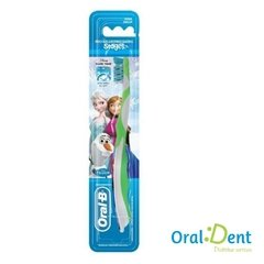 Escova Dental Oral B Stages 8+ Frozen - comprar online