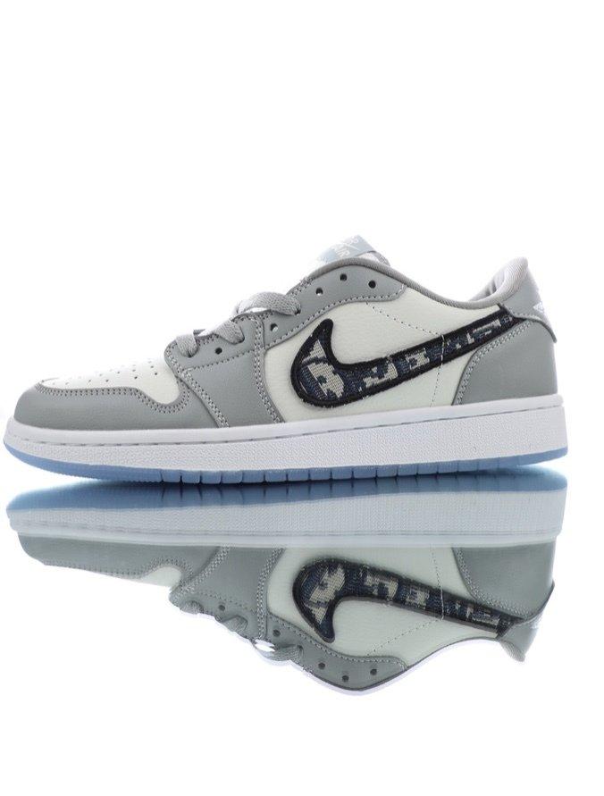 ironía manual comprador  Nike Air Jordan 1 Low - Dior - Comprar em KR Outlet