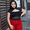 Body de renda plus size com transparencia e bojo
