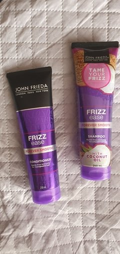Kit Shampoo e condicionador John Frieda Frizz Ease -  Forever Smooth