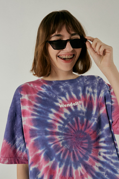Remera oversized Flower en internet