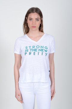 REMERA STRONG