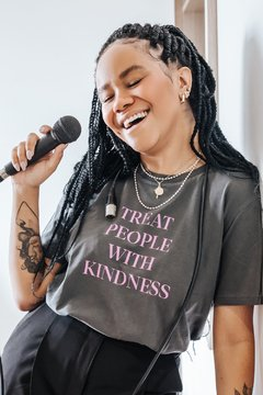 Camiseta Kindness