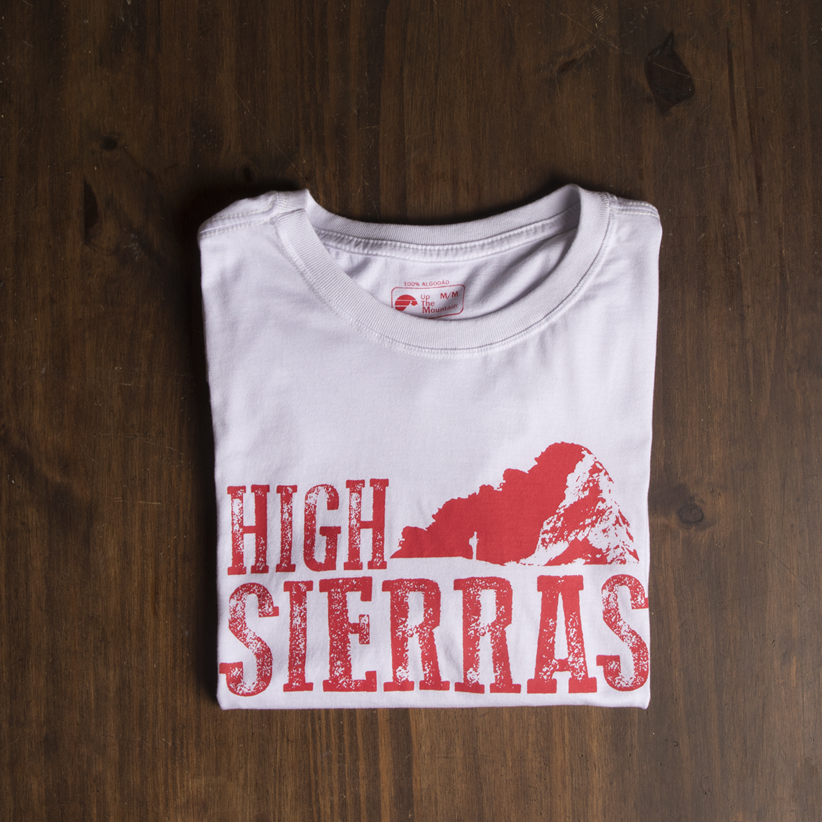 "Camiseta dobrada High Sierras da Marca "" Up The Mountain """