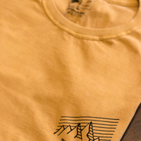 "Camiseta masculina Mountain Lifestyle - Marca: "" Up The Mountain """