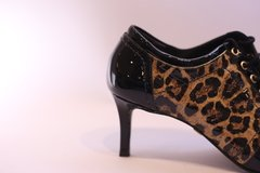 Ankle Boot Jorge Bischoff Animal Print na internet