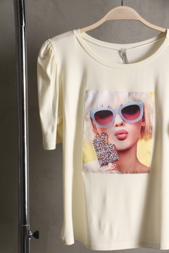 Camiseta Manga Princesa e Hot Fix - Branco - comprar online
