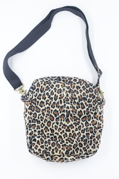 Shoulder bag com forro impermeável na internet