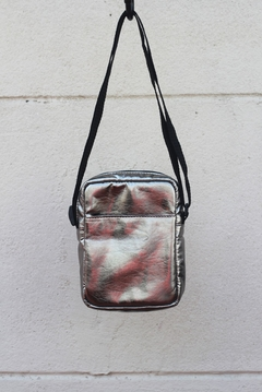 Shoulder bag metalizada prata - comprar online