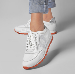 JOGGING S4 - White & Orange na internet