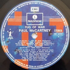 Imagem do LP Paul McCartney - Tug Of War