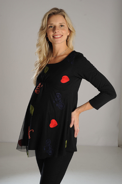 Remera maternal de modal con tull Bordado