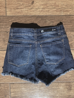 Short Denim Desflecado - comprar online