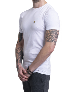 REMERA FITTED BLANCO en internet