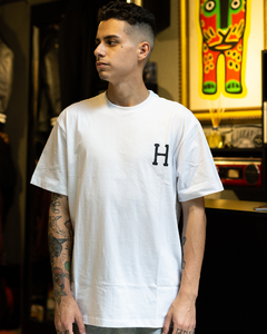 CAMISETA HUF ESSENTIALS H - HUF0076B