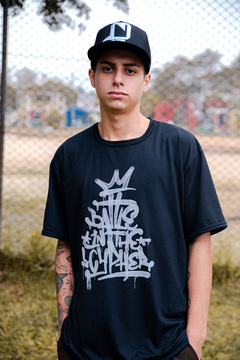 CAMISETA BATTLE IN THE CYPHER 10 ANOS PRETA - BITC-C03 - comprar online