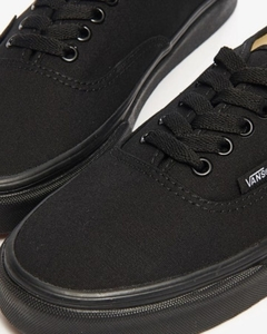TÊNIS VANS AUTHENTIC FULLBLACK na internet