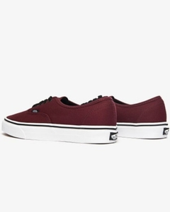 TÊNIS VANS AUTHENTIC ROYALE na internet