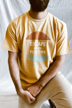 REMERA OCN ESCAPE FROM RUTINE