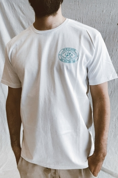 REMERA OCN THE ART OF SURFING - Urclab Clothing
