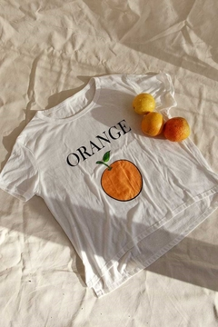 REMERA ORANGE en internet