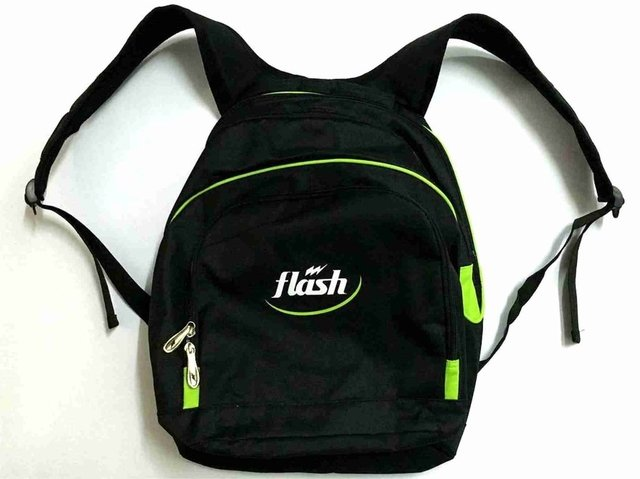 Mochila FLASH Traffic negro - comprar online