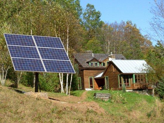 Grupo Electrógeno Solar HISSUMA SOLAR 1Kw p/sitios sin Energía Eléctrica