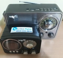 Radio AM/FM vintage con MP3/BT,AUX, Linterna - Garage D