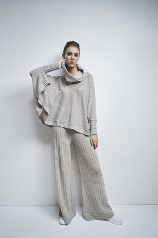 TIMOTHY TURTLENECK PONCHO STYLE SWEATER CODE 2505
