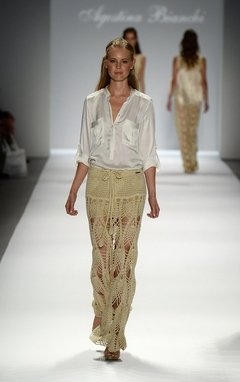 Falda Hand Made Saint Tropez Art 1608. La que se mostro en la Pasarela Internacional del Mercedes Fashion Week de New York!