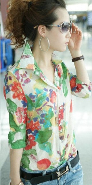 Colorful Floral Blouse - in Chiffon - Green