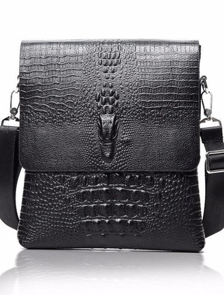Mini Mochila en Cuero Crossbody Fashion - Crocodile Style - en Negro y Marrón