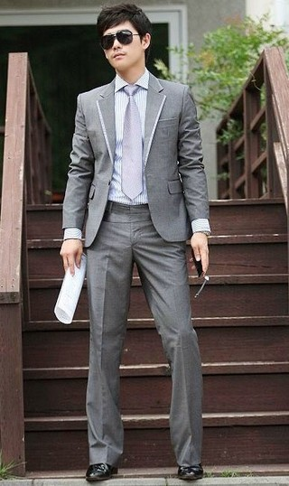 Fashion Casual Suit - Pant and a Button Blazer - Gray