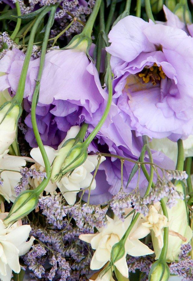R126 Lisianthus Y Nardos Comprar En Flores Online