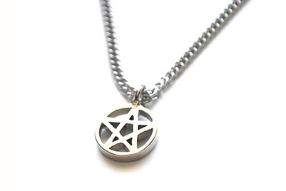 Collar Tiny Pentagram