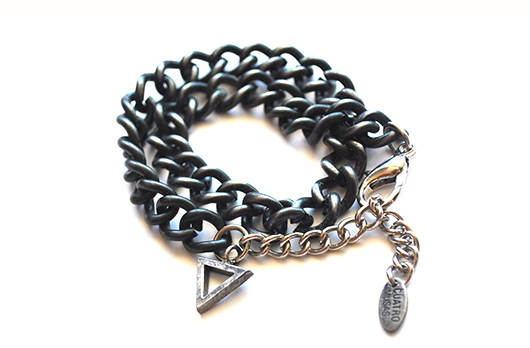Pulsera Tiny Triangle