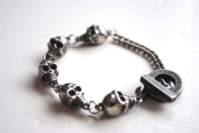Pulsera Mini Skulls SALE!