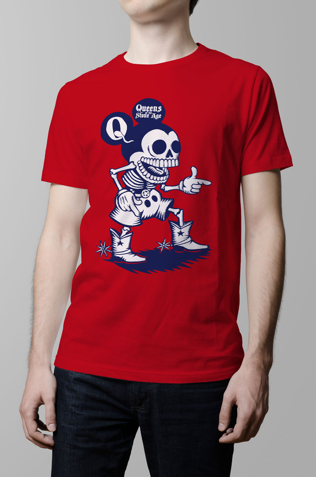 Remera Queens of the stone age roja hombre