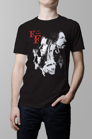 Remera Foo Fighters negra hombre