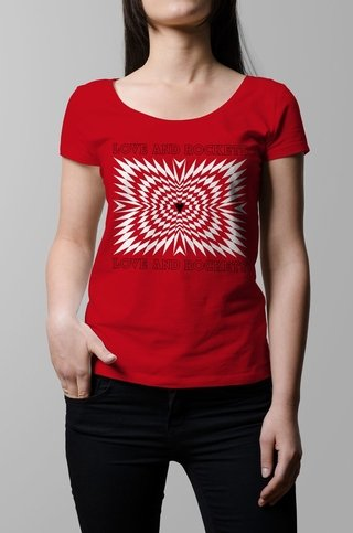 Remera Love and Rockets rojo mujer