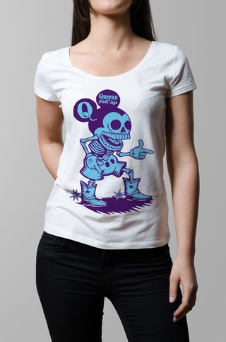 Remera Queens of the stone age blanca mujer