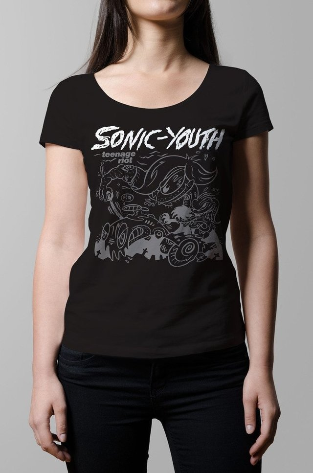 Remera Sonic Youth teenage riot negra mujer