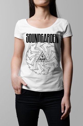 Remera Soundgarden blanca mujer