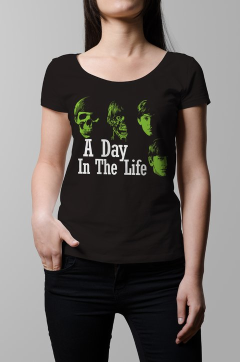 Remera The Beatles a day in the life mujer