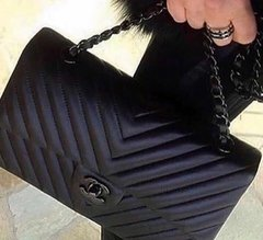 Bolsa 255 Classic Flap Chevron All Black - Italiana